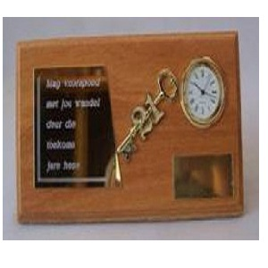 21ST TROPHY KEY WITH CLOCK